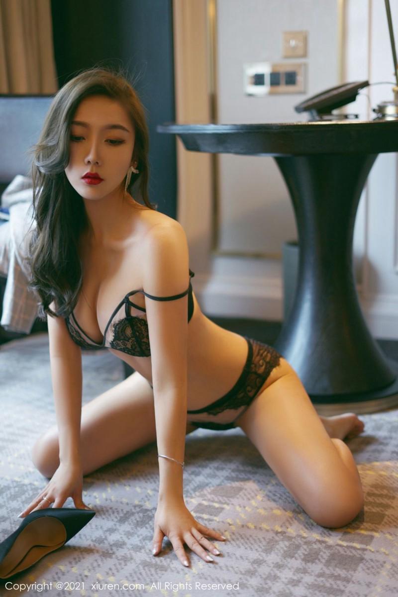 [XiuRen秀人网] 2021.06.02 No.3496 艾静香 [56+1P]